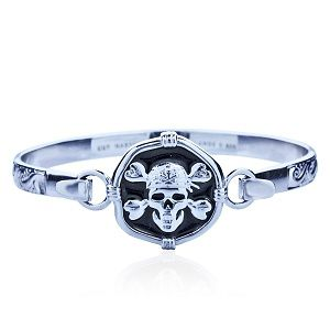 Guy Harvey Hook Bracelet with Pirate Skull Clasp in Sterling Silver and Jet Black Enamel.